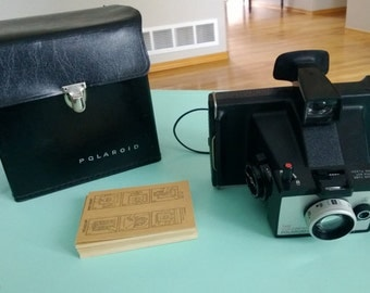 Vintage Colorpack Polaroid Land Camera w/ Case & Polacolor Print Mounts Free Shipping
