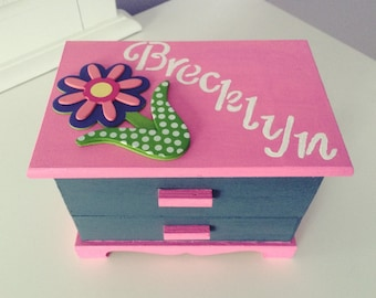 Girls jewelry box Kids jewelry box Children jewelry box Jewelry box Customized jewelry Personalized jewelry box Kids gift Kids Toy