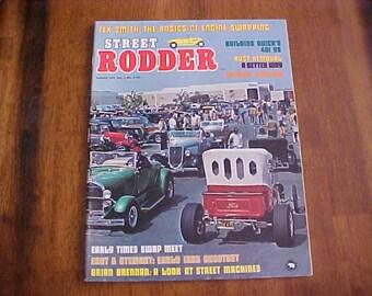 Street Rodder-August 1972 Vol 1 no 4