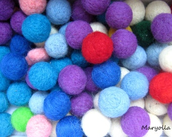 Merino wool felt beads, assorted wool felt balls, handmade felted beads, beaded balls, colorful beads, DIY craft and jewelry, 20mm
