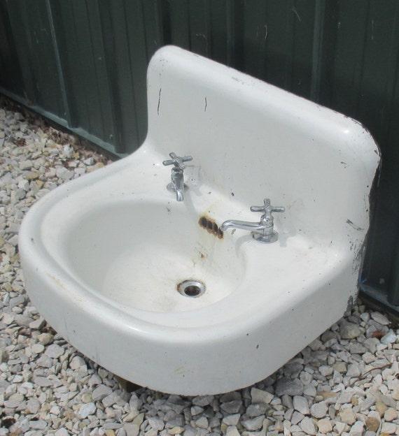 Antique Porcelain Bathroom Lavatory Kitchen Sink Cast Iron Farm Pantry Doctor Architectural