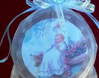 12 rosarios de madera blanco Organza bolsa Favor bautismo || 12 Rosarios Blancos de Madera en Bolsa de Organza Recuerdo Bautizo Ninos o Ninas