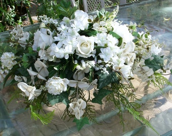 Wedding table centerpiece  bridal  arrangement