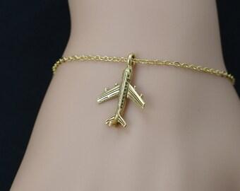 airplane bracelet, gold airplane charm, plane bracelet, best friend jewelry, pilot gift, airplane jewelry,christmas gift,adjustable bracelet