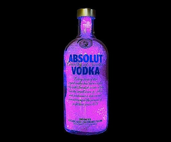 absolut vodka with purple 39 diamond 39 light effect. Black Bedroom Furniture Sets. Home Design Ideas