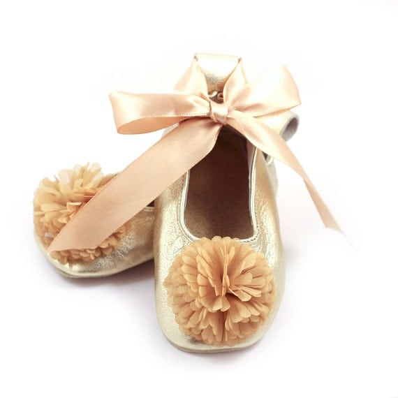 Adorable flower girl accessories at the lowest prices online. Flower basket, gloves, jewelry, shoes, purses for kids and other accessories for your special event Girls Shoe Style SSLittle Girls and Big Girls Shoe Lace Up Ballet in Choice of Color. $ $ Choice of White or Ivory.