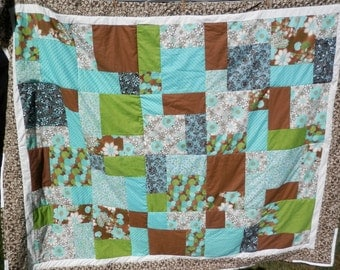 """Beautiful Block Quilt Various Brown/White/Blue/Green Colors  74""""x91"""" FREE SHIPPING"""