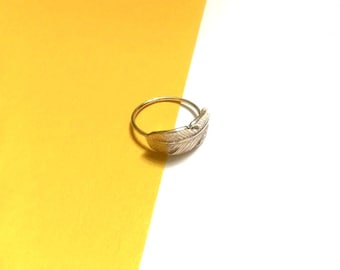 Delicate Silver Feather Ring - Silver Ring - Feather Ring - Dainty Ring