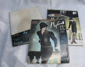 3 pairs of classic Pretty Polly 'Nylons' seam free stockings