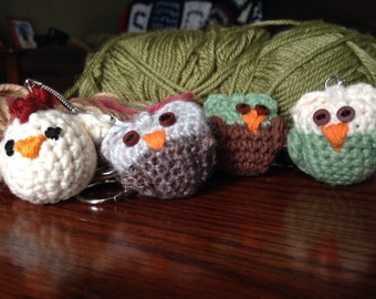 Amigurumi owl keychain