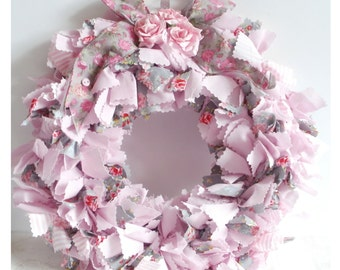 Pink and grey fabric wreath - shabby chic decor - rag wreath - English cottage decor - Rustic décor
