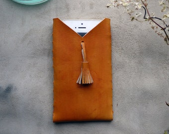 Tan Tassel iPhone case, leather phone case, iPhone 5/5s/6/6 + case, Tan leather phone pouch, mobile wallet, iPhone sleeve.  Handmade in UK