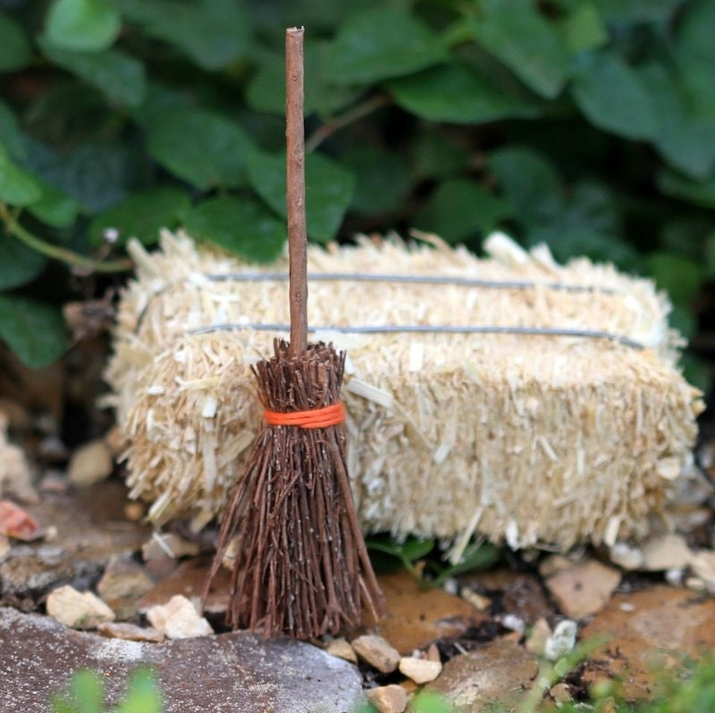 Fairy Garden Witches Broom Halloween Miniature Decorations