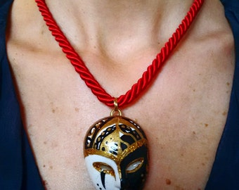 Handpainted necklace with Venice mask