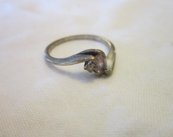 Vintage Sterling Silver & Amethyst Stone Ladies Ring