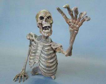 Groundbreaker Skeleton - Scary Halloween Prop