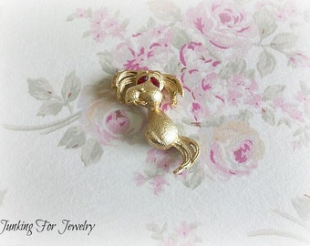 Vintage Brooch Gold Tone Dog With Red Stone Eyes