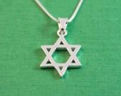 Small Magen David Necklace / Silver Star of David Necklace / Jewish Star Necklace / Star Of David Charm / Judaika Jewelry / Jewish Jewelry