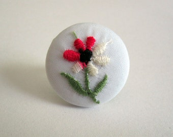Vintage Inspired Floral Fabric Button Ring in Embroidered Flower