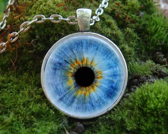 Blue Eye Glow in the dark Eye necklace Eye pendant Glowing necklace Glowing jewelry Glowing Eye Glow in dark pendant Glowing pendant Glows