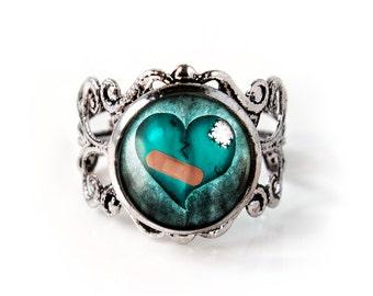Antique Silver Zombie Love Broken Heart Adjustable Filigree Horror Ring 137-SFRR