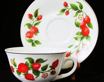 Teleflora Strawberry Tea Cup