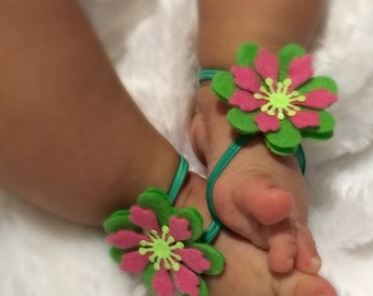 More color options!!! Green & pink snowflakes barefoot sandals, baby shower gift, baby barefoot sandals, baby shoes, baby photo prop