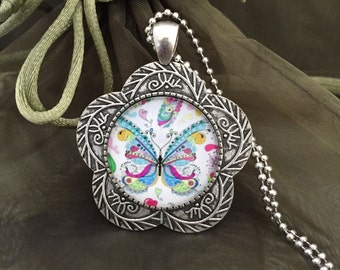 Cabochon pendant butterfly colorful