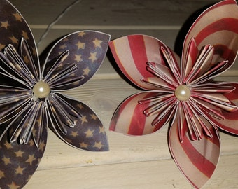 Stars and stripes paper flowers