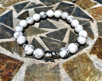 Elpha Ivory Howlite Stone Bracelet