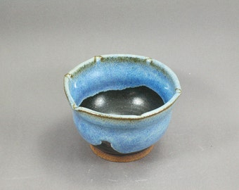Pottery Bowl Rutile Blue - Green To Black ChunGTB37