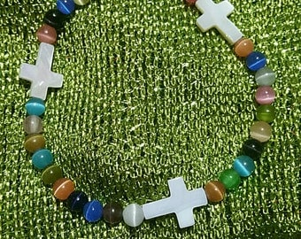 Beaded anklet with crosses