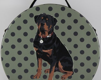 Rottweiler Small Round Bag