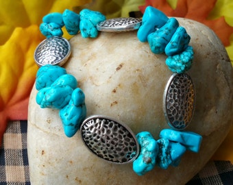 Semi-precious Turquoise stoned stretch braclet