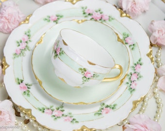 Vintage Haviland France trio Cup-Saucer-Plate With gold rims Artist signed 1910