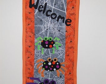 Halloween Spider Appliqued and Quilted Welcome Wall Hanging
