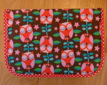 Pencil case / Schulmäppchen with sleeping OWL