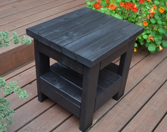 Small Warren Patio End Table