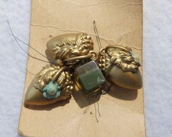 Vintage ART NOUVEAU and Lucite Button