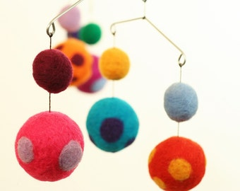 Felted Wool Mobile - Sensory Toy - Natural Wool - Baby Mobile - Baby Nursery - Serenity