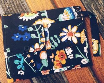 Black Sage Wristlet Wallet, Black Floral Wallet, Iphone Wristlet, Fabric Wallet, Zipper Wallet, Black Flower Wristlet, Wristlet Purse