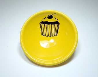 small dish, with a cupcake shown here on lemon butter, made to order / pick your colour