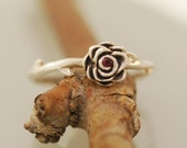 Thorn Rose Ring  with stone