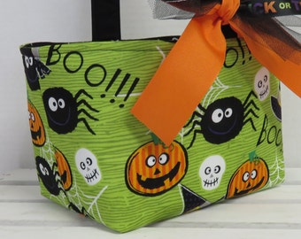 Halloween Trick or Treat Bag Basket Bucket - Pumpkins Spiders Witches Hats Green - Personalized Name Tag Applique Available