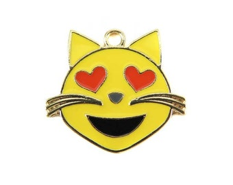 Gold Plated Smiling Cat with Heart Eyes  - Emoji Charms (2x) (K301-A)