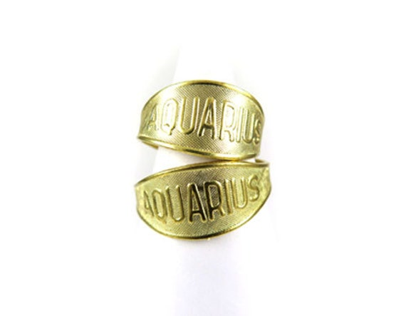Raw Brass Astrological Sign Ring - AQUARIUS - one size fits most / adjustable (2x) (J619)