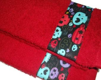 Sugar Skull Towel, Day of the Dead, Dia de los Muertos, Mexican Hand Towel, Sugar Skull Fabric, Mexican Kitsch, Mexican Decor, Mexican Towel