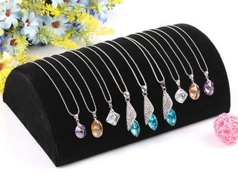 1 PC Black Velveteen Necklace Display