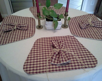 4 Handmade Homespun Country Farmhouse Kitchen or Dining Wedge Placemats and 4 Dinner Napkins