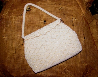 Vintage Two Tone White Beaded Purse Handbag, Gold Tone Clasp, 60s, accessory, chic, classic